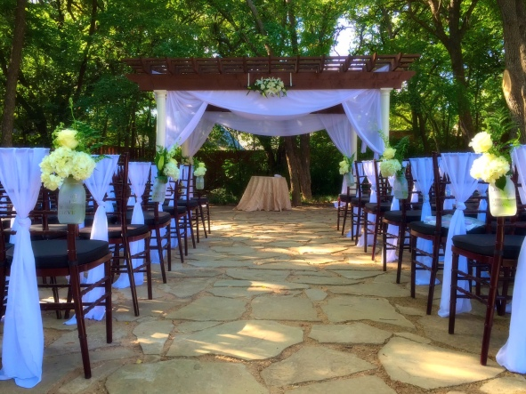 Dallas Wedding @ Wildwood Inn by Your Events Decor